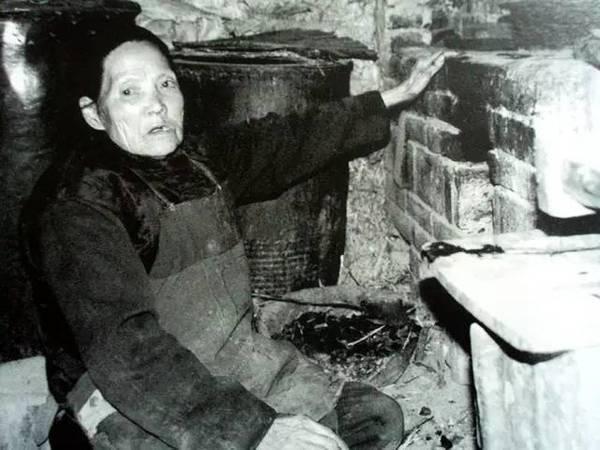 中国乡村老太:她仅用一张纸,便征服了联合国